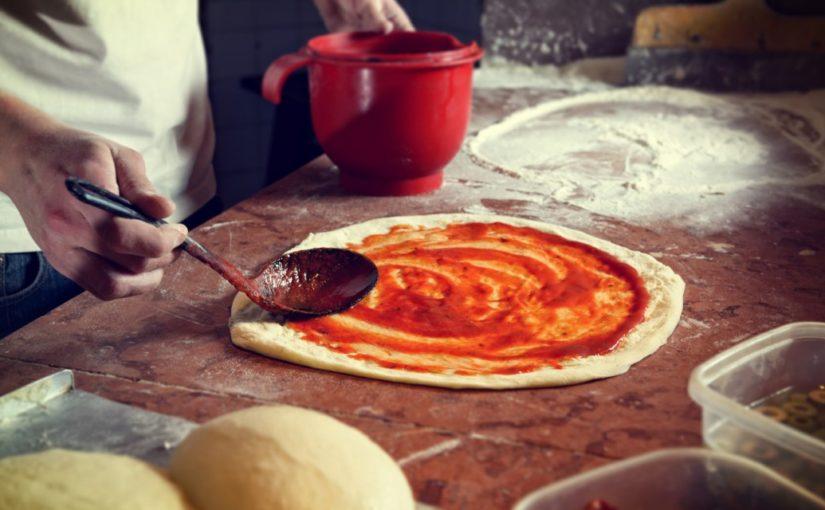ciasto drożdżowe na pizze przepis